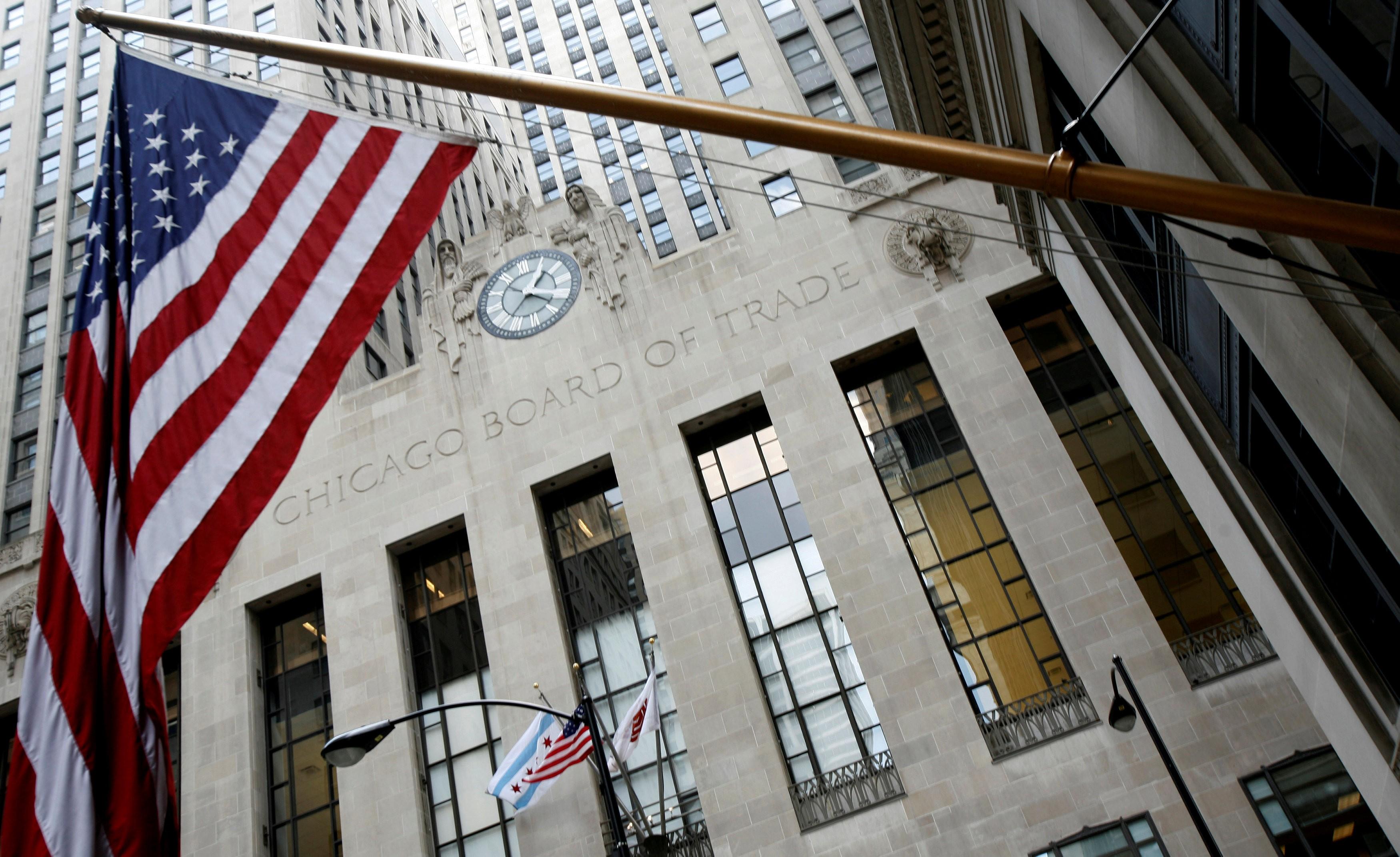 Bolsas dos EUA: Dow Jones registra o melhor mês em mais de três décadas