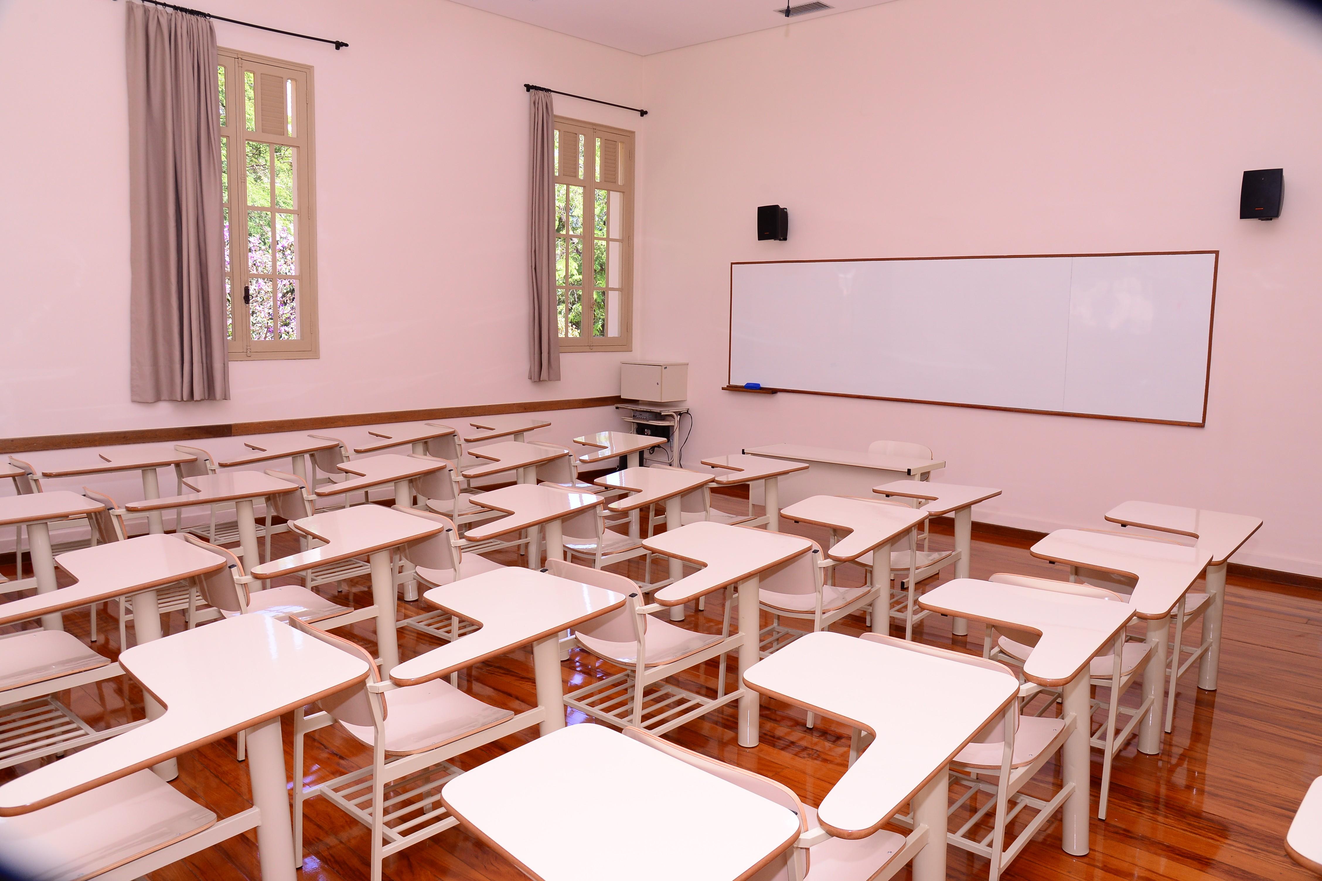 Mais de 6 milhões de estudantes não tiveram acesso a atividades escolares em outubro, aponta IBGE