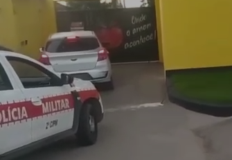Trio é detido em motel suspeito de assaltar motorista de aplicativo