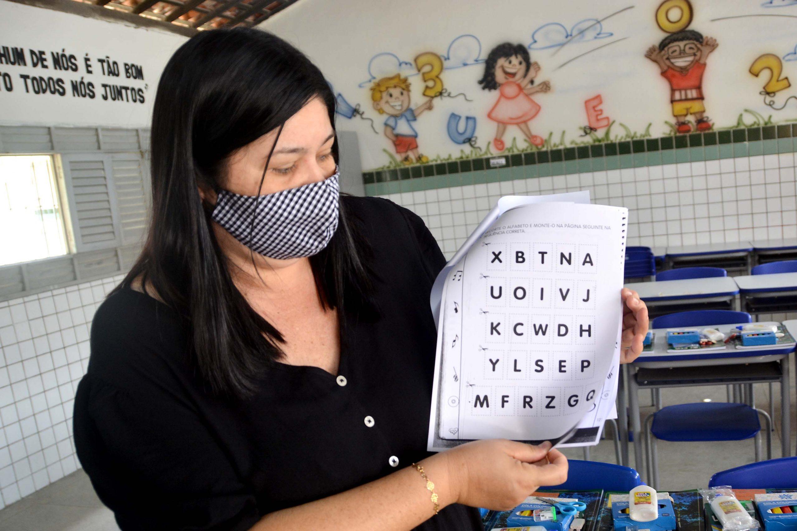 Prefeitura de JP realiza o Domingo na Escola para iniciar vacinação dos trabalhadores de educação
